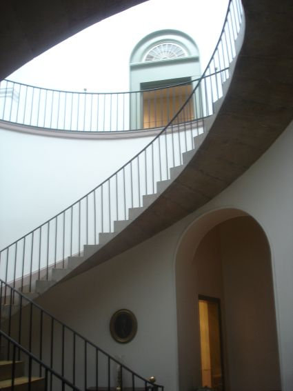st-cap-old-bldg-concrete-stairs.jpg